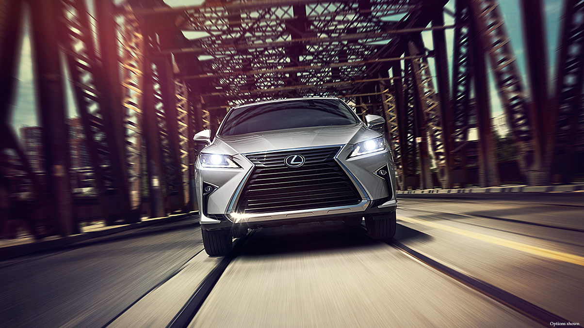 Exterior shot of the 2017 Lexus RX shown in Silver Lining Metallic